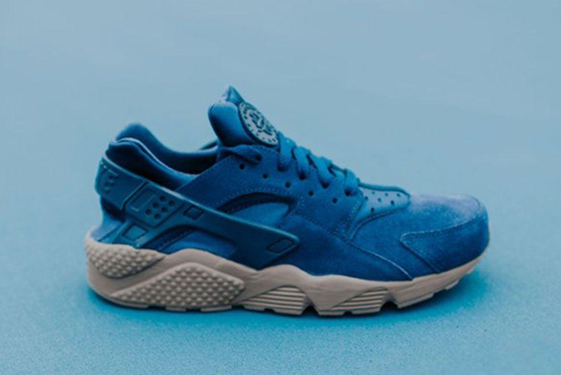 Nike Air Huarache Binary Blue A
