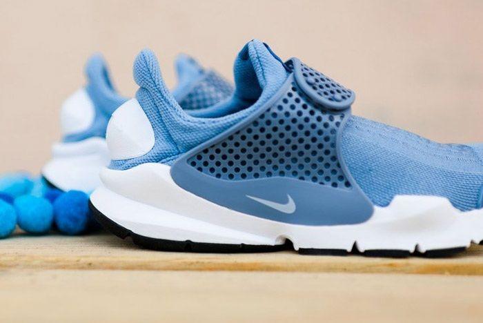 Nike Sock Dart Wmns Work Blue Wht 6