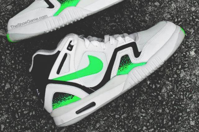 Nike Air Tech Challenge Poison Green