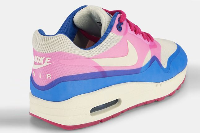 Nike Air Max 1 Hyperfuse Pink Force Back 1