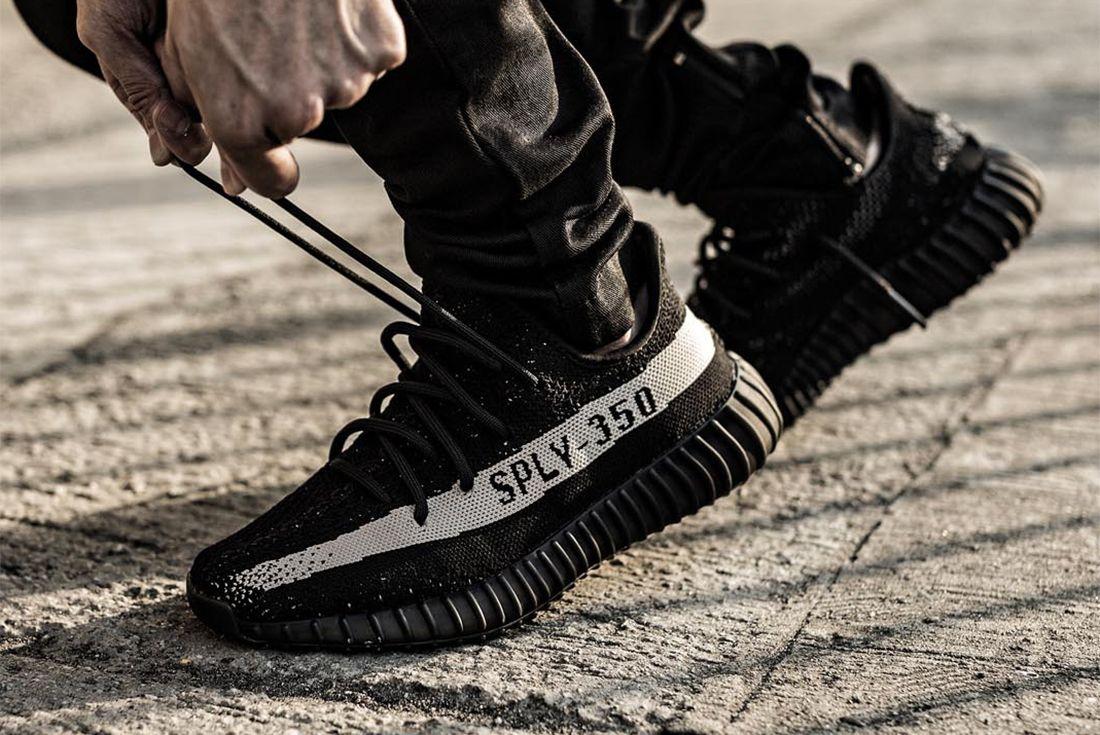 Adidas Yeezy Boost 350 V2 3 1