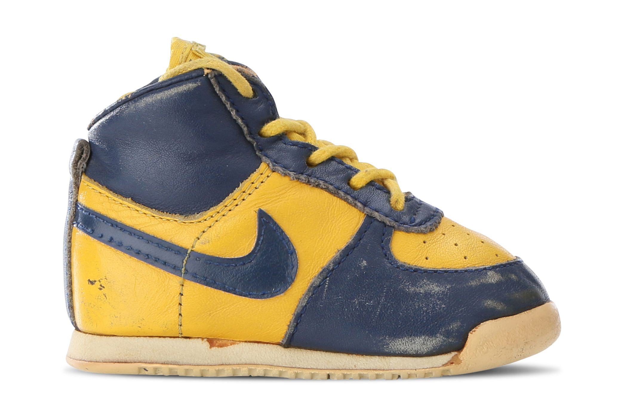 Busy Leung Nike Dunk Kids Michigan Vintage