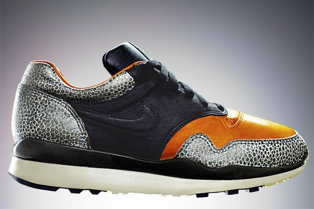Nike Air Safari Orange 1