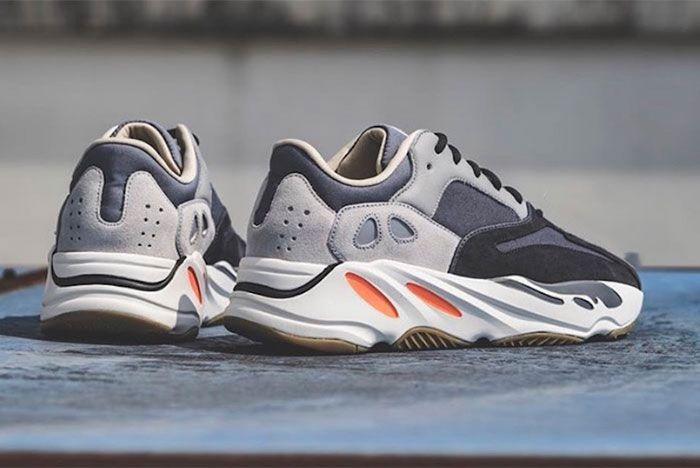 Yeezy Adidas Boost 700 Magnet Heel