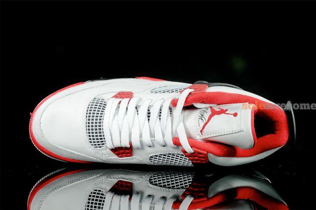 Air Jordan 4 Fire Red 3 1