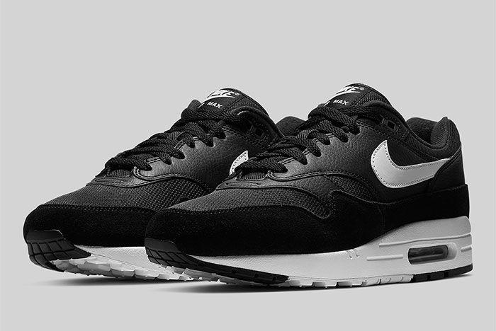 Nike Air Max 1 Black And White Ah8145 014 Front Angle Shot 4