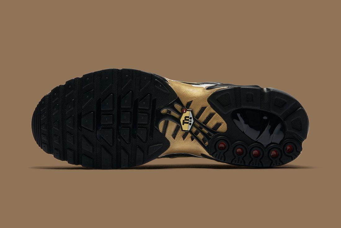 Nike Black Gold Pack 3