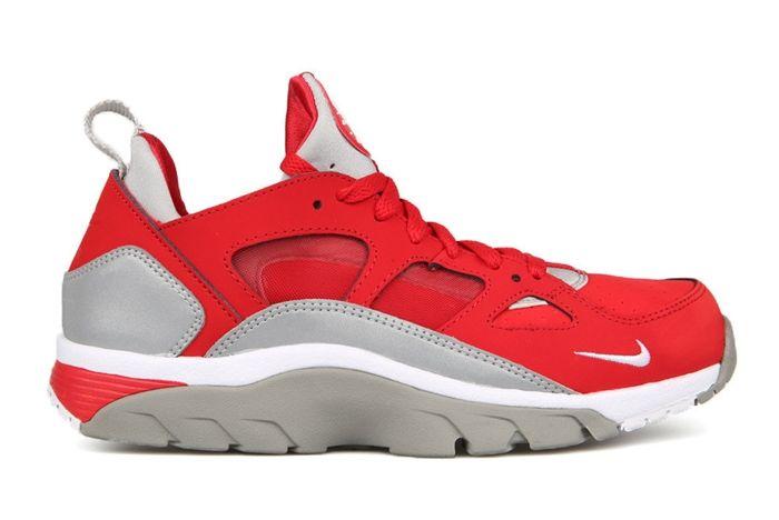 Nike Trainer Huarache Low University Red Metallic Silver 2