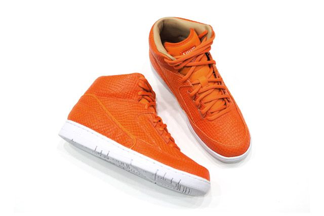 Nike Air Python Lux Feature