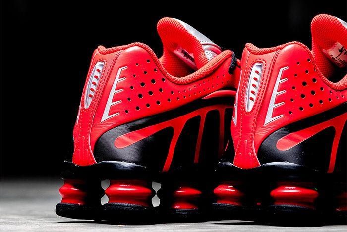 Nike Shox R4 Neymar Red Detail