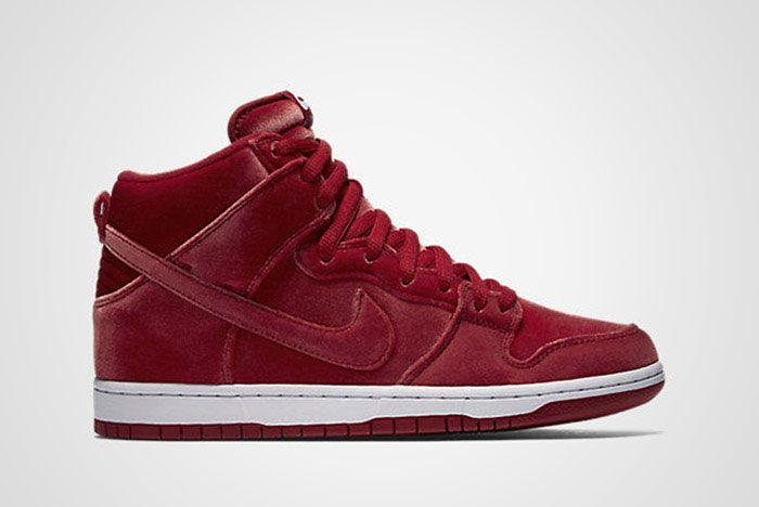 Nike Sb Dunk High Red Santa Twit