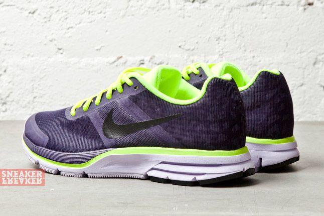 Nike Wmns Air Pegasus 30 Shield Purple Dynasty Volt 1