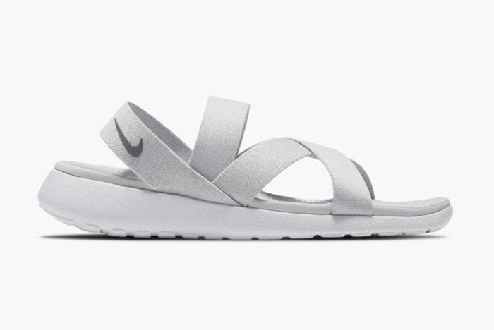 Nike Roshe One Sandal Wmns3