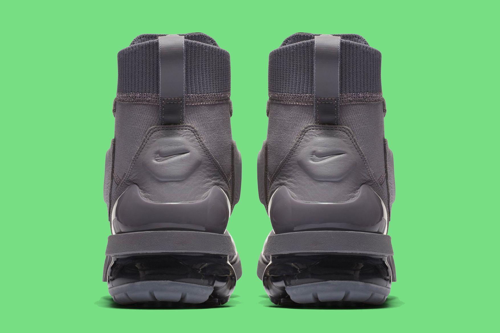 Nike Air Vapormax Light 4