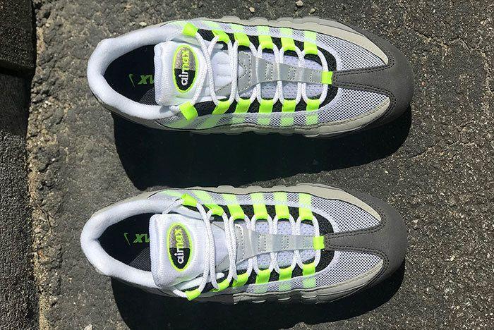 Nike Air Vapormax 95 Neon 4