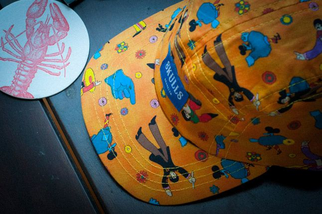 Skulls Yellow Submarine 5 Panel Detail 1