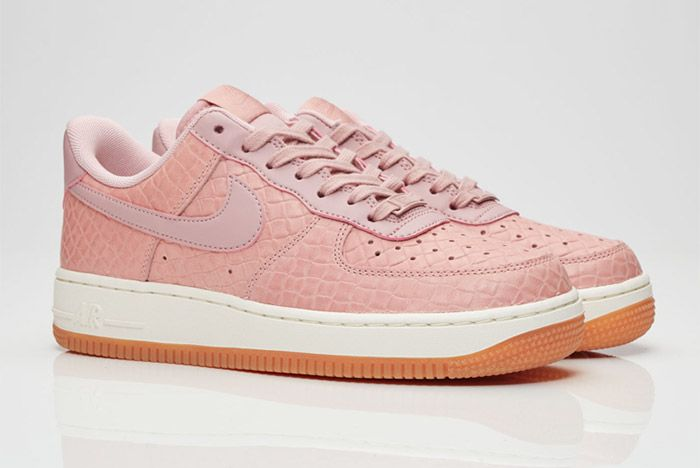 Nike Air Force 1 07 Wmns Pink Glaze 2