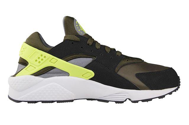 Nike Air Huarache Volt Dark Loden 1