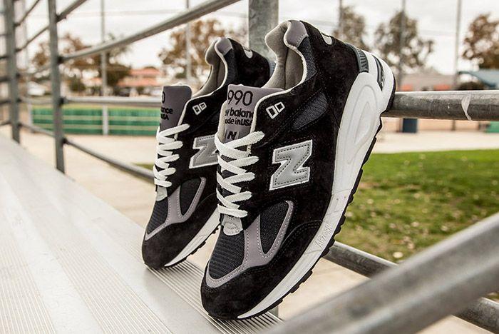 New Balance 990 V2 Black 3