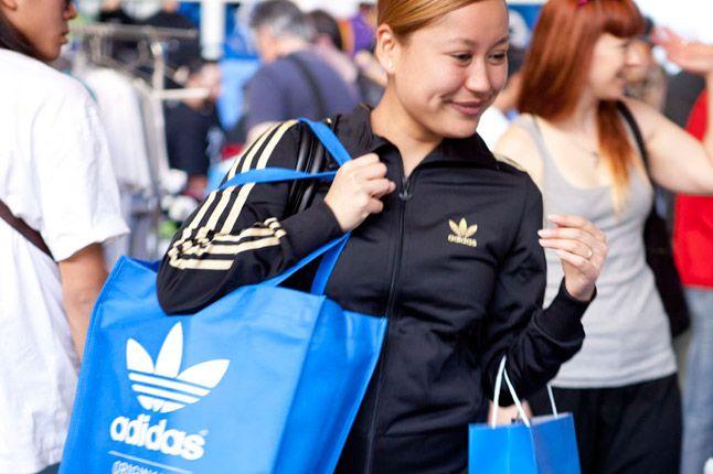 Adidas Shopper 1
