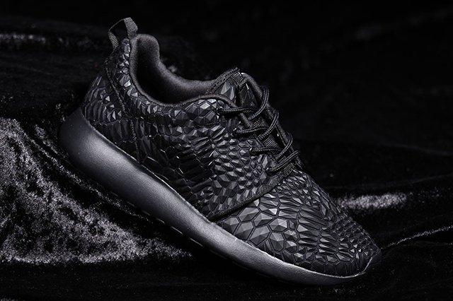 Nike Roshe One Dmb Triple Black3