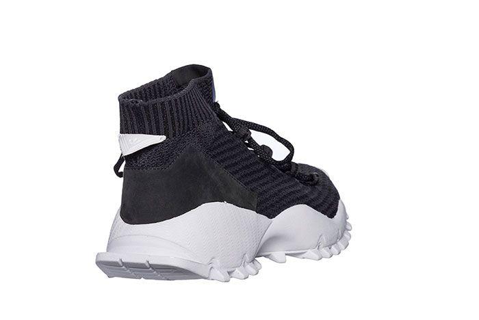 White Mountaineering Adidas Seeulater 4