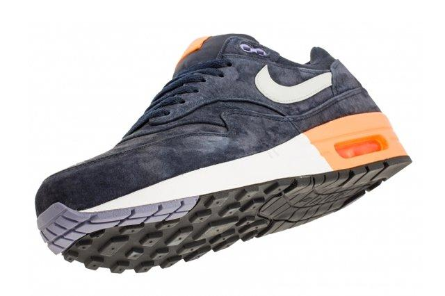 Nike Air Max 1 Prm Dark Obsidian Atomic Orange 3