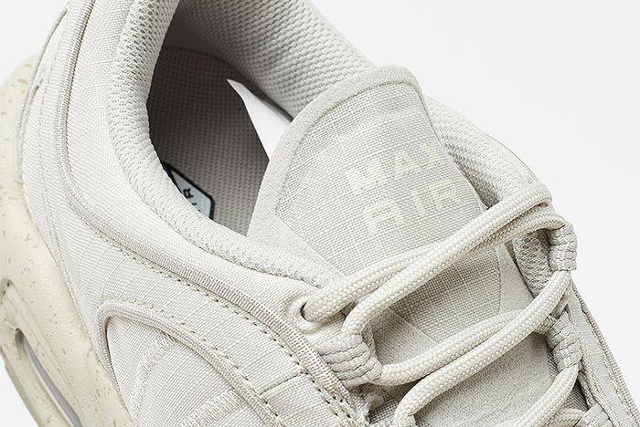 Nike Air Max Tailwind Iv Bv1357 200 Close Up Tongue Shot