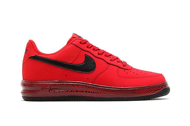Nike Lunar Force 1 University Red Black Sideview
