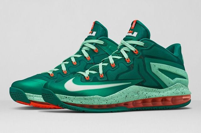 Lebron 11 Low Mystic Green Thumb