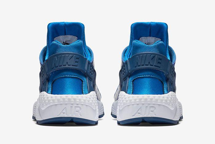 Nike Air Huarache Metallic Blue3
