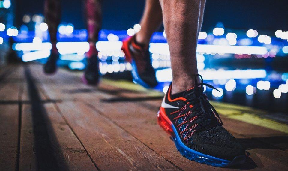 Nike Am Day Snkrshot Reverse Evolution 7