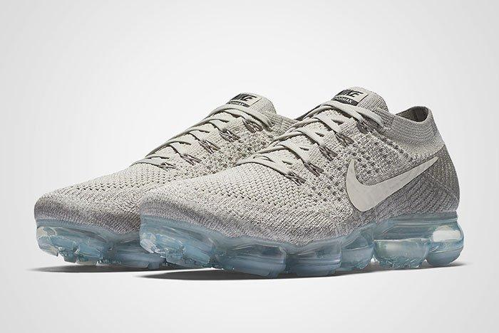 Nike Air Vapormax Pale Grey Thumb