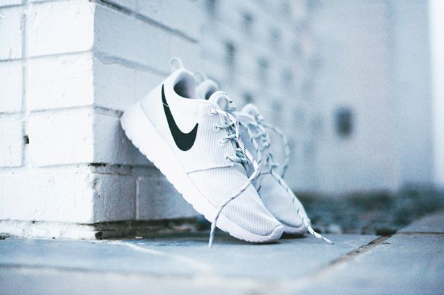 Nike Roshe Run Wmns Pure Platinum 5