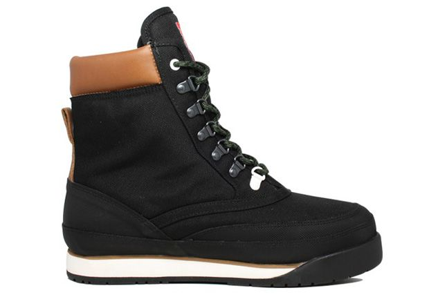 Pata Kangaroos Woodhollow Black Side Profile 1