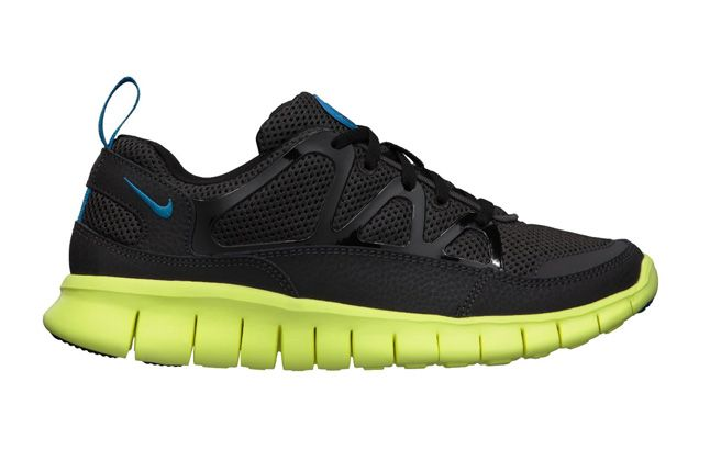 Nike Free Huarache Light Electric Blue Volt Profile 1