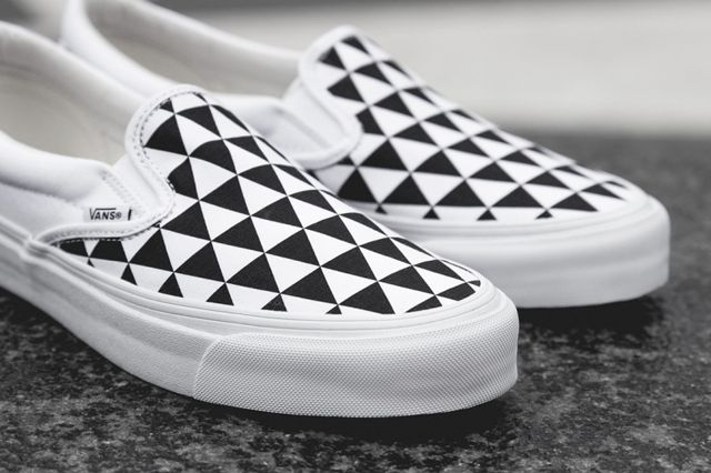 Sneakersnstuff X Vault By Vans Og Classic Slip On Lx Stockholm 4