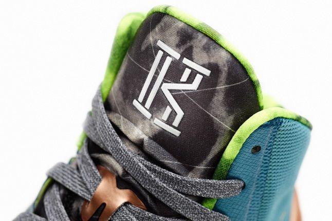 Nike Hyperdunk 2013 Kyrie Irving 6