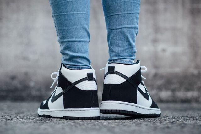 Nike Dunk High Black White 3