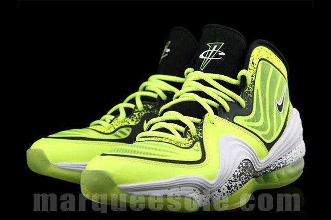 Nike Air Penny V Volt Hero2 1