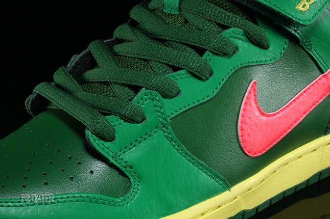 Nikesb Dunk Mid Pro Luck Green 4