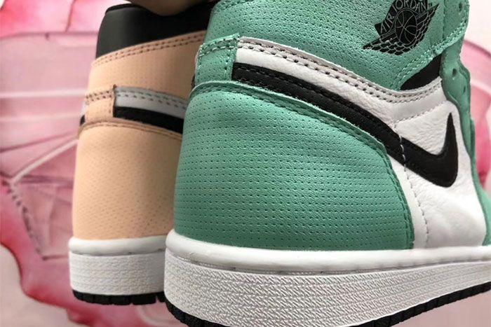 Air Jordan 1 High Og Mismatch Perforated Pair Heel