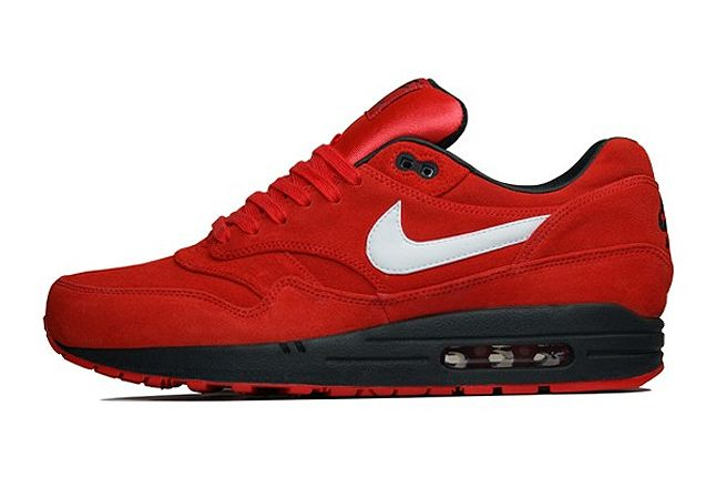 Overkill Nike Am1 Red Suede 1