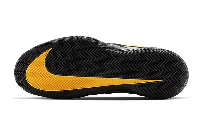 Nike Air Zoom Vapor X Glove Black Gold Aq0568 001 Release Date Outsole