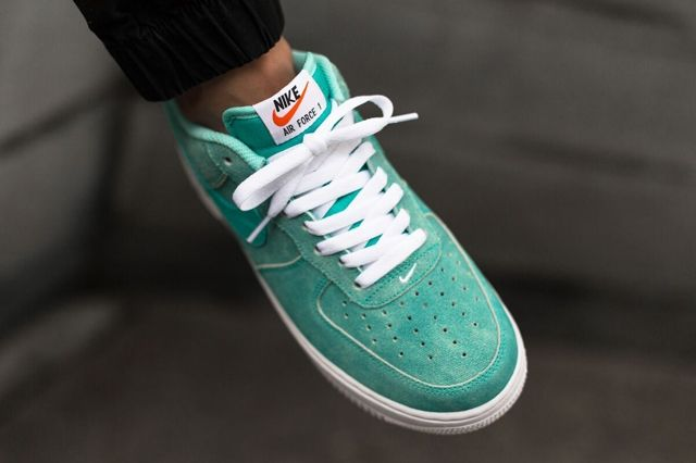 Nike Air Force 1 Low Light Retro Green Canvas 4