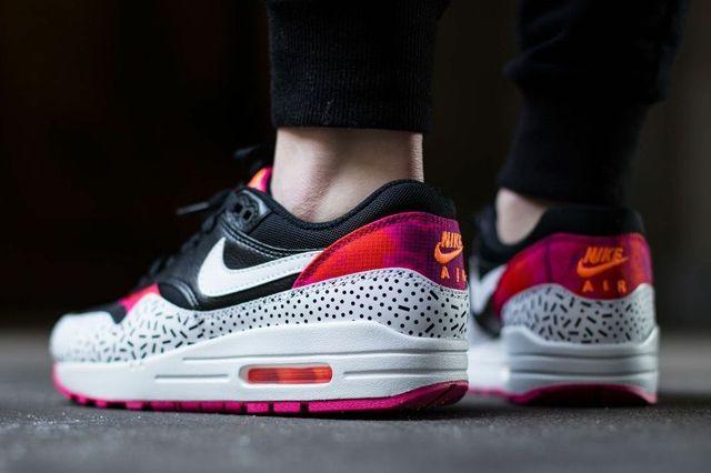 Nike Air Max 1 Fireberry 2
