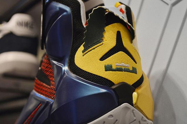 Nike Lebron 12 What The4
