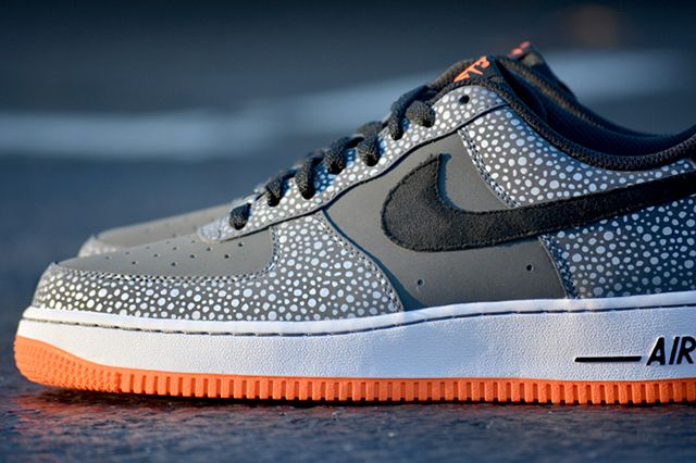 Nike Air Force 1 Safari 4