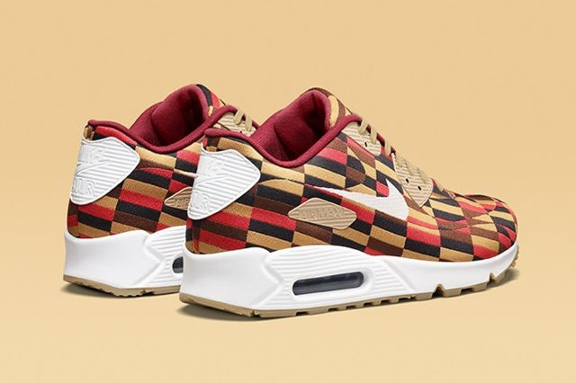 Nike X Roundel By London Underground Air Max Collection 1