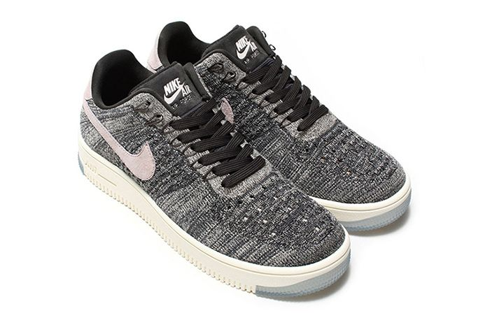 2 Nike Wmns Air Force 1 Flyknit Low 1
